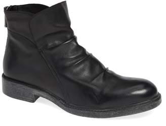 Jump Pueblo Slouchy Boot