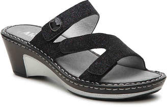 Alegria Loti Wedge Sandal - Women's