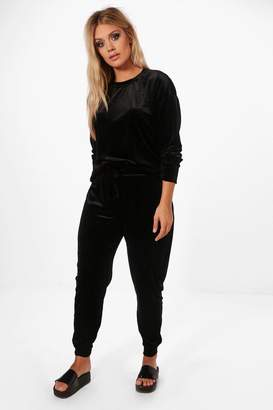 boohoo Plus Velvet Top and Sweat Pants
