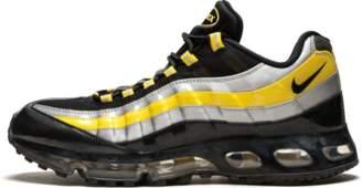 Nike '95 360 Black/Zest