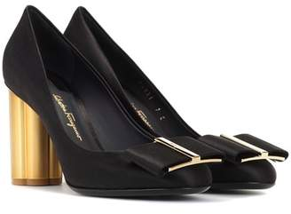 Salvatore Ferragamo Satin pumps