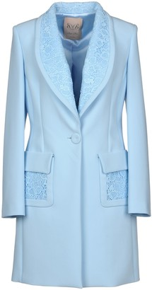 Betty Blue Coats - Item 41831294MK