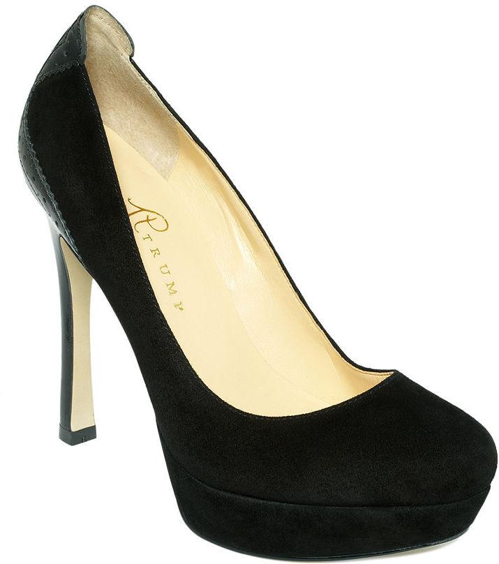 Ivanka Trump Shoes, Tesi Platform Pumps