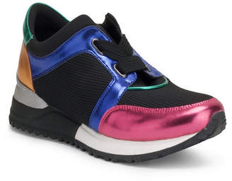 Wanted Lace Up Jogger With Multi-Colored Upper Women Shoes