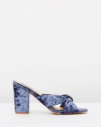 ICONIC EXCLUSIVE - Bluebell Heels