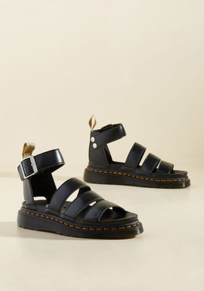 Dr. Martens Flatform Performance Vegan Sandal in Black in 11 $129.99 thestylecure.com