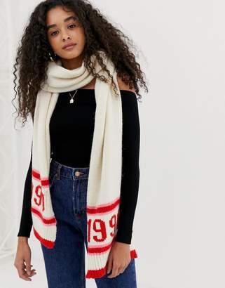 New Look 1990 stripe scarf in pink pattern