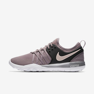 Nike Free TR7 Chrome Blush Women's Training Shoe $100 thestylecure.com