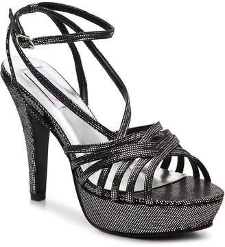 Dyeables Trudy Platform Sandal - Women's