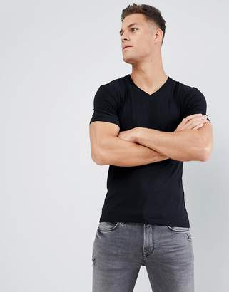 Celio V-Neck Muscle Fit T-Shirt In Black
