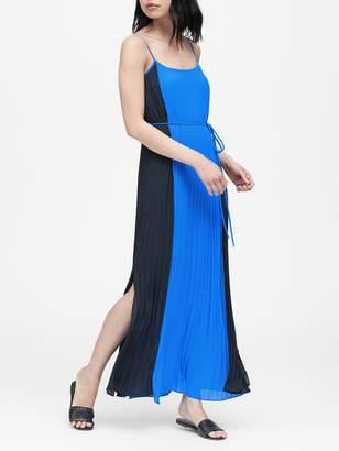 Banana Republic Petite Color-Blocked Pleated Maxi Dress