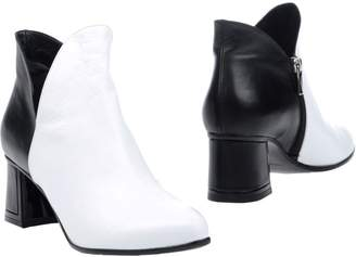 Alberto Guardiani Ankle boots - Item 11253010TF