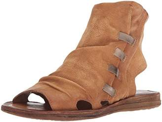 Miz Mooz Women's Fizzy Flat Sandal