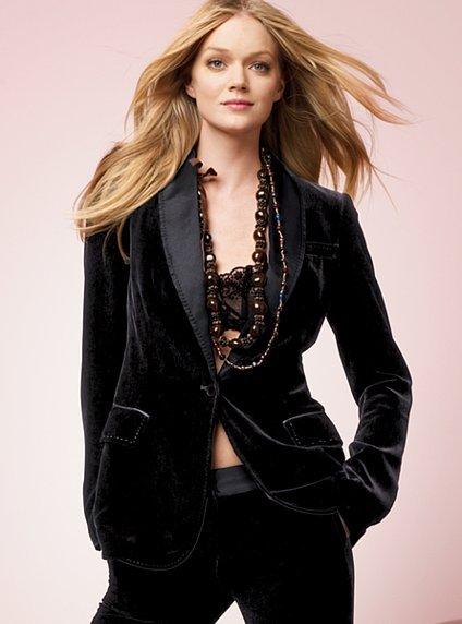 NEW! Velvet one-button tuxedo jacket