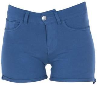 MET Shorts