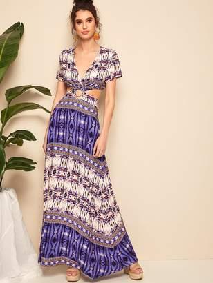 1f98f4d3b4a8 Shein Deep V Neck Peekaboo Aztec Print Maxi Dress