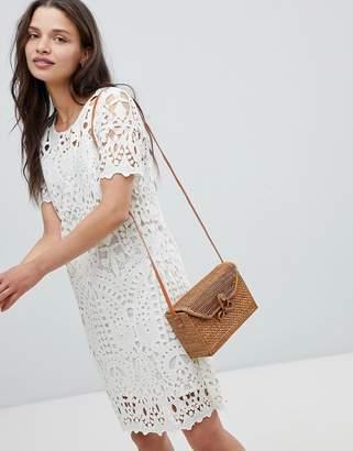 Deby Debo Guepe Crochet Lace Shift Dress