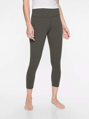 Athleta Elation Capri In Powervita