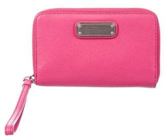 Marc by Marc Jacobs Pink Leather Wristlet