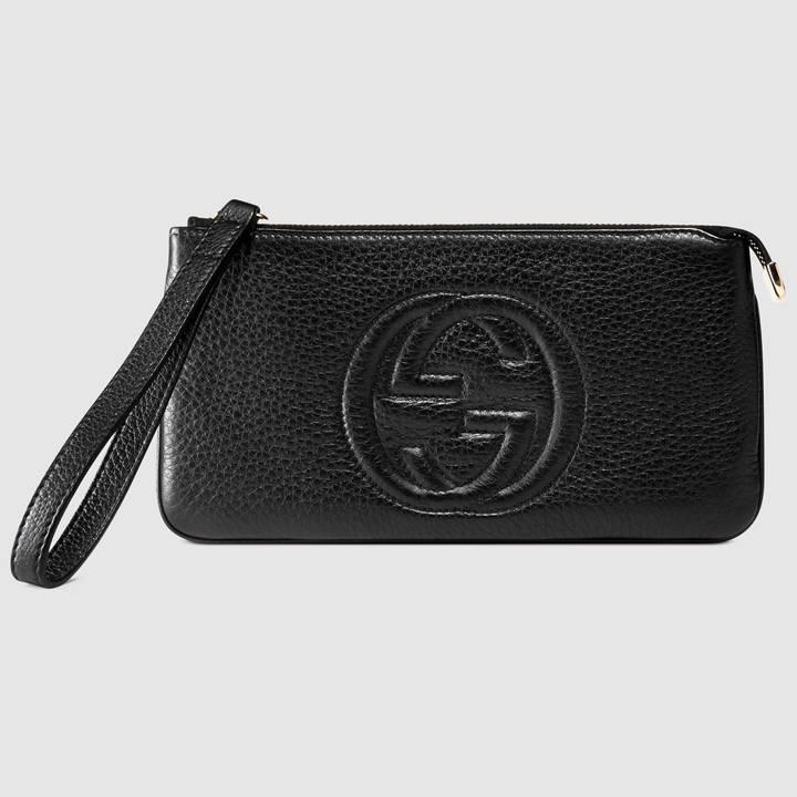 Gucci Soho leather wristlet