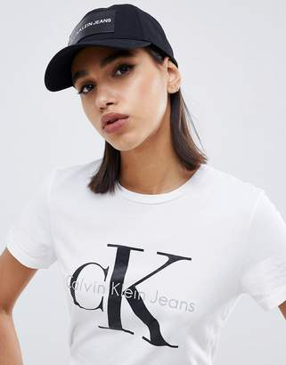 Calvin Klein jeans cap with tab logo