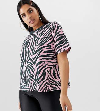0490db4d4e67 Asos DESIGN Curve boxy t-shirt in bright animal zebra print