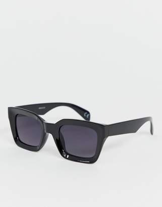 Asos Design DESIGN square sunglasses with plastic concave black frame and black lenses