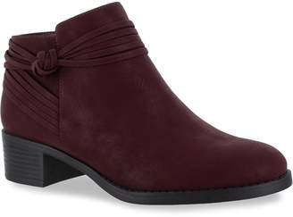 Easy Street Shoes Wylie Women's Ankle Boots