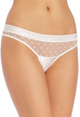Huit Visite Privee String Thong $50 thestylecure.com