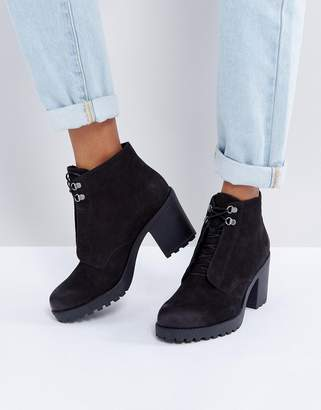 Vagabond Grace Black Nubuck Warm Lined Ankle Boots