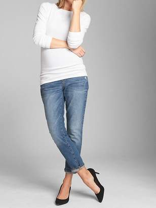 Gap Maternity Full Panel Best Girlfriend Jeans in Distressed