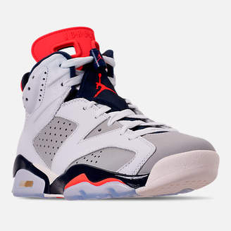 Nike Men's Air Jordan Retro 6 Basketball Shoes