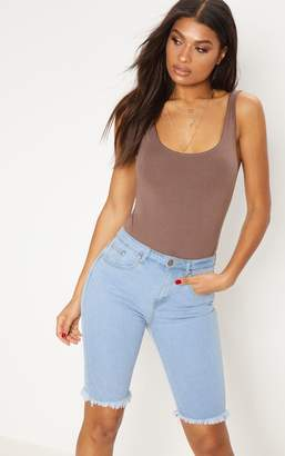 PrettyLittleThing Light Wash 3/4 Skinny Fit Short