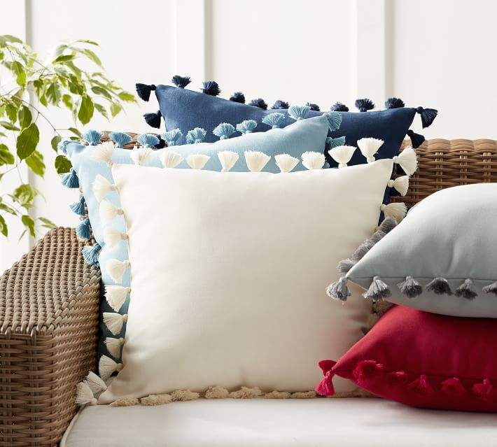Tassel Trim Indoor/Outdoor Pillow