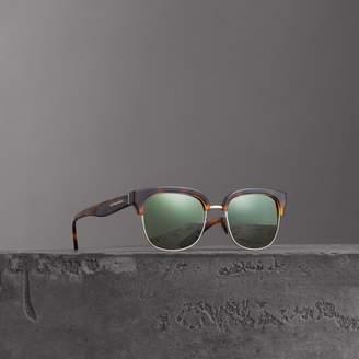 Burberry D-frame Sunglasses