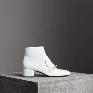 Burberry Link Detail Patent Leather Ankle Boots , Size: 39.5, White
