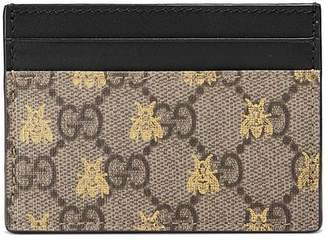 b8a18adc223 Gucci GG Supreme bees card case