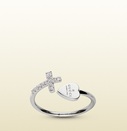 Gucci Ring With Cross And Trademark Engraved Heart