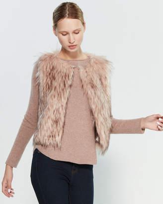BB Dakota Faux Fur Crop Vest