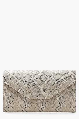 boohoo Metallic Faux Snake Envelope Clutch & Chain