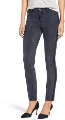 Nic+Zoe Shadow Knit Denim Skinny Pants