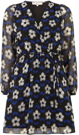Dorothy Perkins Billie and Blossom Long sleeve heart print dress