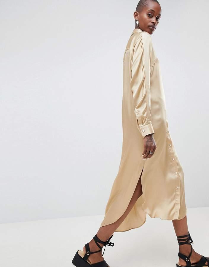 – Oversize-Westernkleid aus Satin