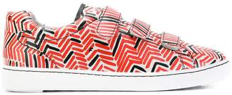 Ash patterned touch strap sneakers