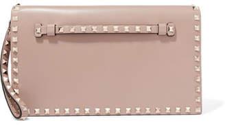 Valentino Garavani The Rockstud Leather Clutch - Pink