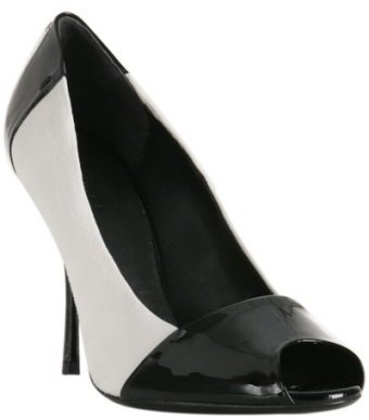 Gucci black patent leather 'Bacall' pumps