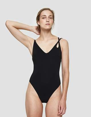 Araks Jaime One Piece in Black