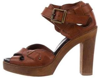 Chloé Leather Crossover Strap Sandals