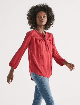 Lucky Brand LONG SLEEVE EMBROIDERED TOP
