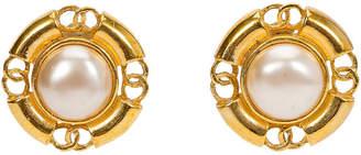 One Kings Lane Vintage Chanel Pearl Logo Earrings - 1993 - Vintage Lux